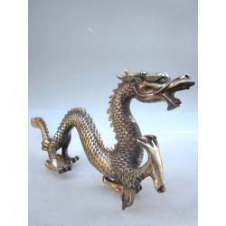 Chine. Dragon en bronze...
