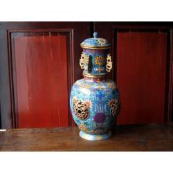 Temple jar en émaux cloisonnés