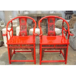 Fauteuils chinois rouges...