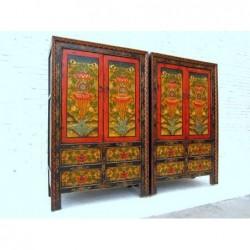 Paire d'armoires tibétaines...