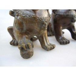 Paire de lions-fo  (XL). Bronze