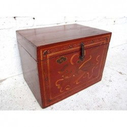 Chinese red lacquered trunk...