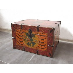 Chinese painted trunk 42 cm