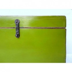 Chinese green chest 56 cm