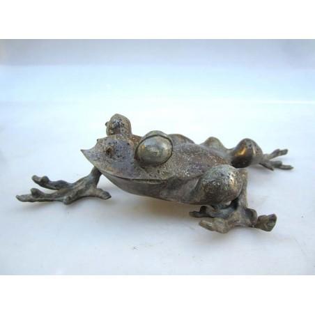 Chinese bronze. Frog