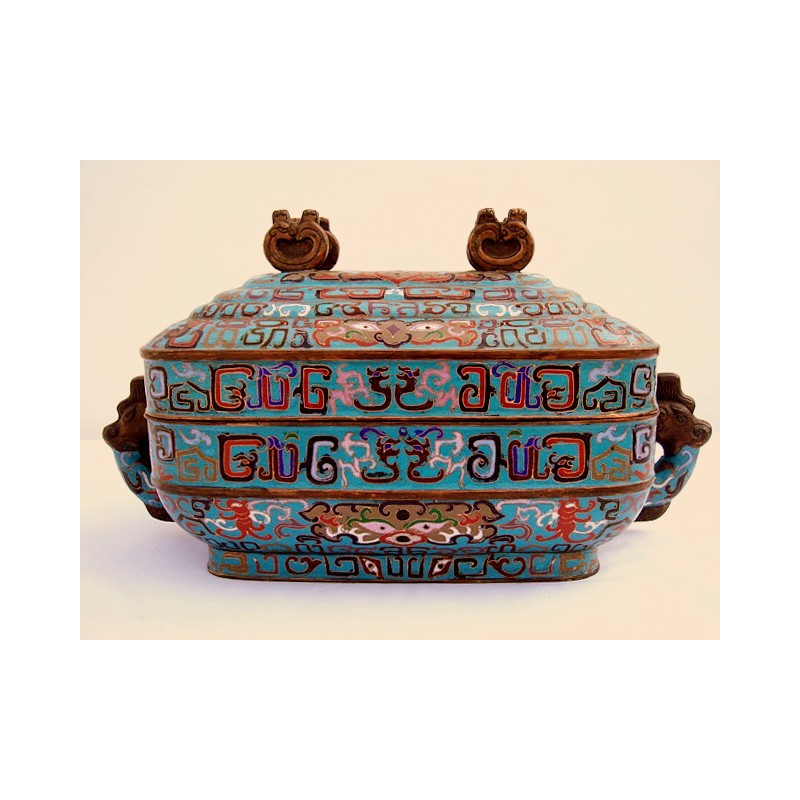 Blue enamel box with cover