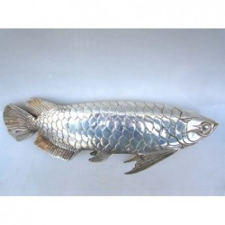 China. Silberne Bronze Fische