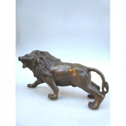 Bronze lion (L)