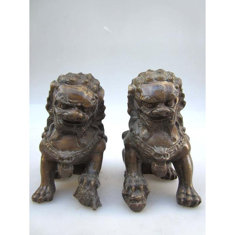 Bronze Fu lions pair (M)