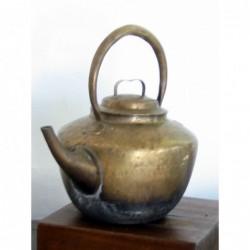 Théière chinoise en cuivre