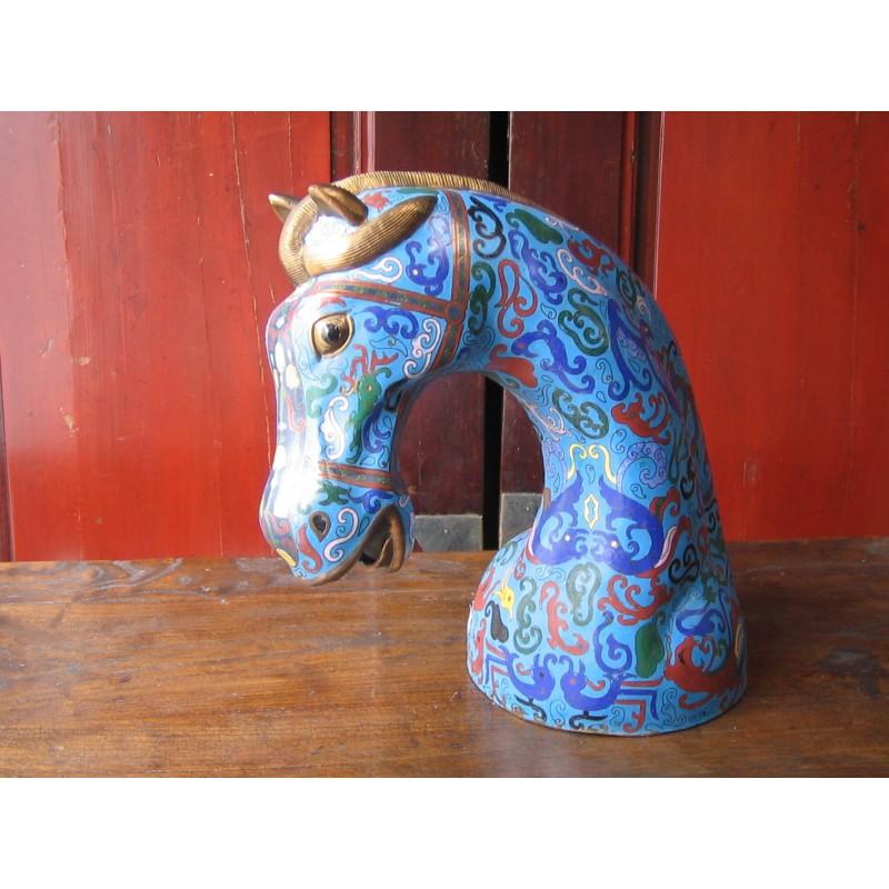 Tête de cheval. Emaux cloisonnés