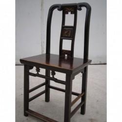 Chaise chinoise sculptée