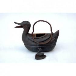 Duck-shaped Qing teapot