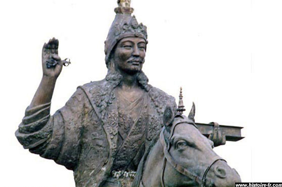 Statue de Songtsen Gampo